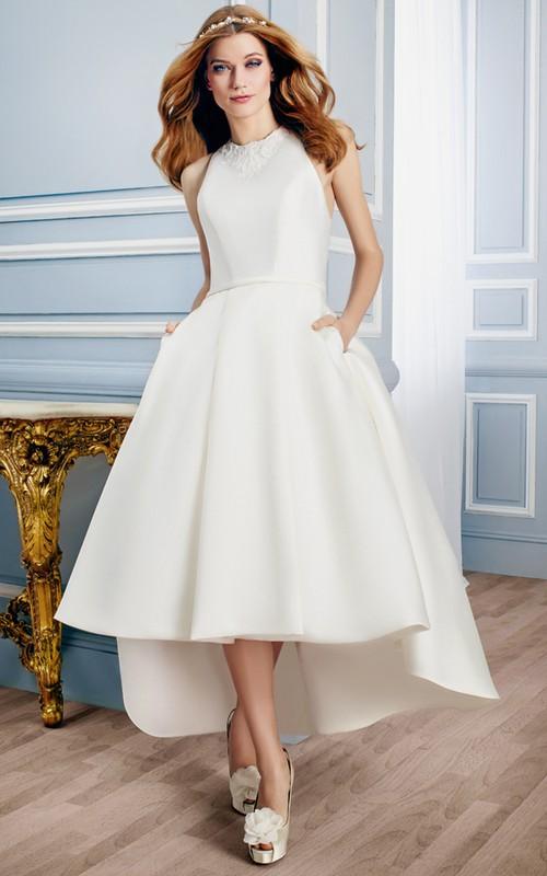 Jewel-Neck Sleeveless Satin Wedding Dress With Appliques And Keyhole