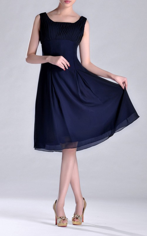 Pleated Short-Midi A-Line Scoop-Necked Chiffon Bridesmaid Dress
