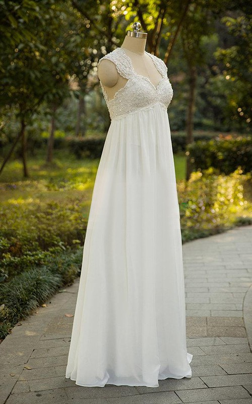 Queen Anne Sleeveless Empire Wedding Dress With Appliques And Keyhole