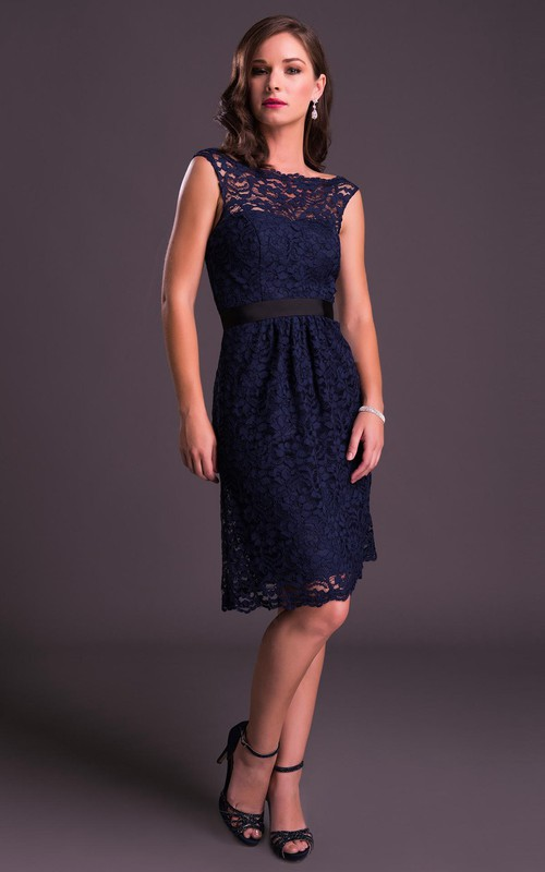 Bateau Lace Sleeveless Knee-length Dress