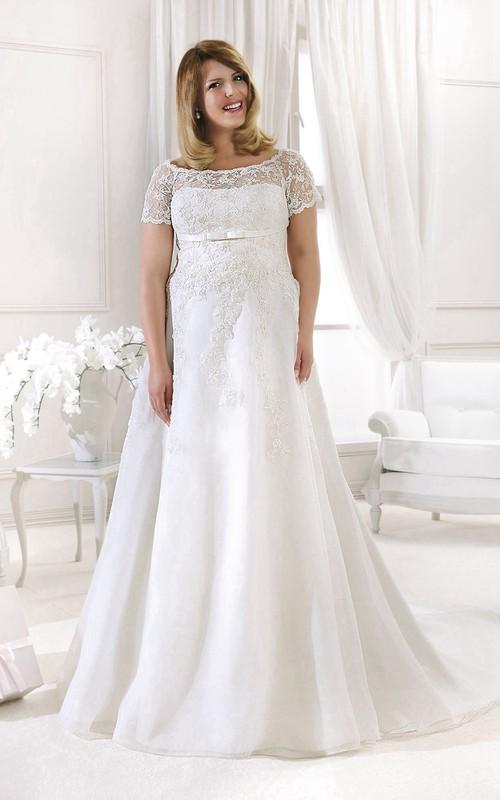 Bateau Short Sleeve A-line Lace plus size wedding dress