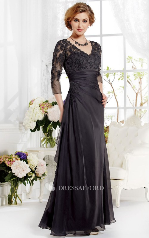 A-Line Appliqued Pleats V-Neckline Long-Sleeved Gown