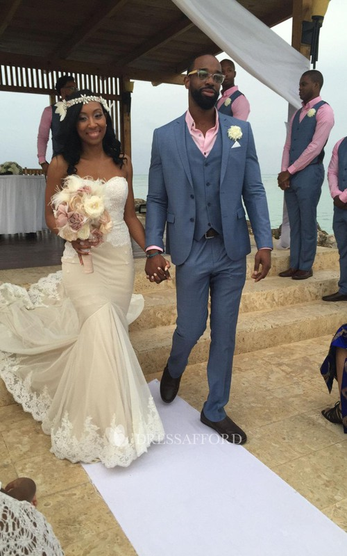 Sweetheart Neck Bridal Ivory-And-Cream Dress
