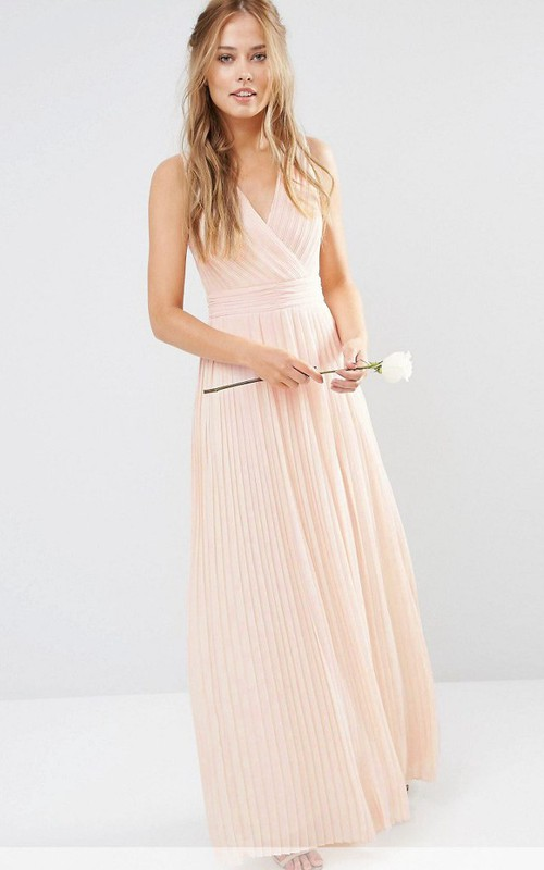 Sheath Sleeveless Maxi V-Neck Chiffon Bridesmaid Dress With Pleats And V Back