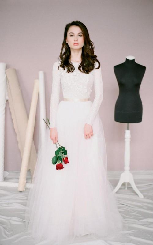 Long-Sleeve Tulle Jewel-Neckline Modest Wedding A-Line Dress