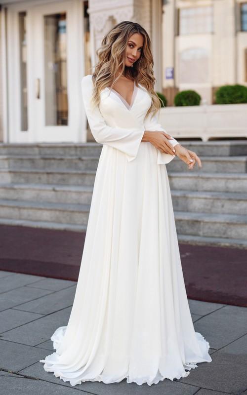 Elegant Chiffon Sheath V-Neck Long Sleeve Wedding Dress