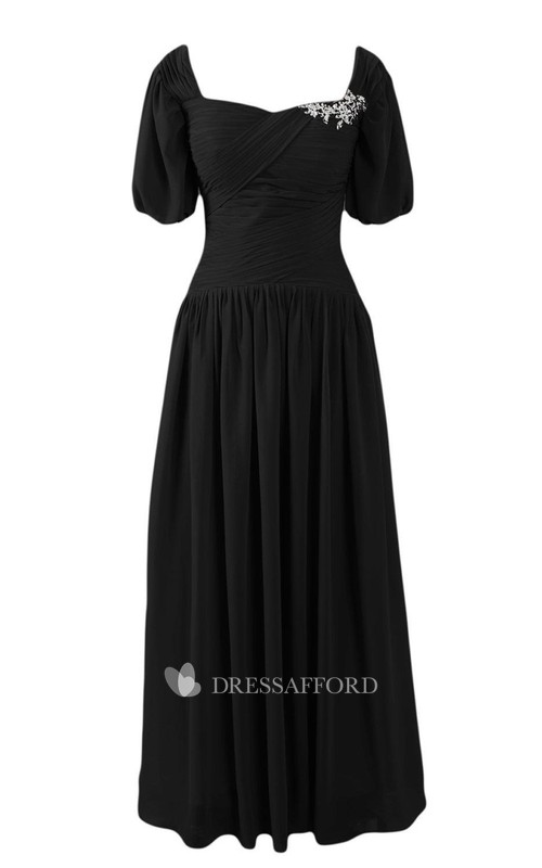 square-neck Short Sleeve Chiffon Criss-cross ruched Dress With Broach