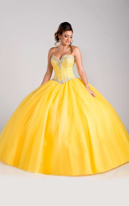 Sweetheart Ball Gown Beaded Quinceanera Dress With Corset Back