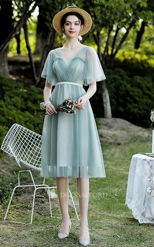 Off-the-shoulder V-neck Tulle Knee-length Homecoming Dress With Ruching