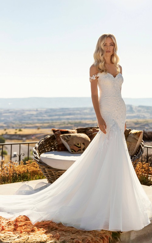 Corset Back Off-the-shoulder Sexy Mermaid Lace Tulle Wedding Dress With Chapel Train