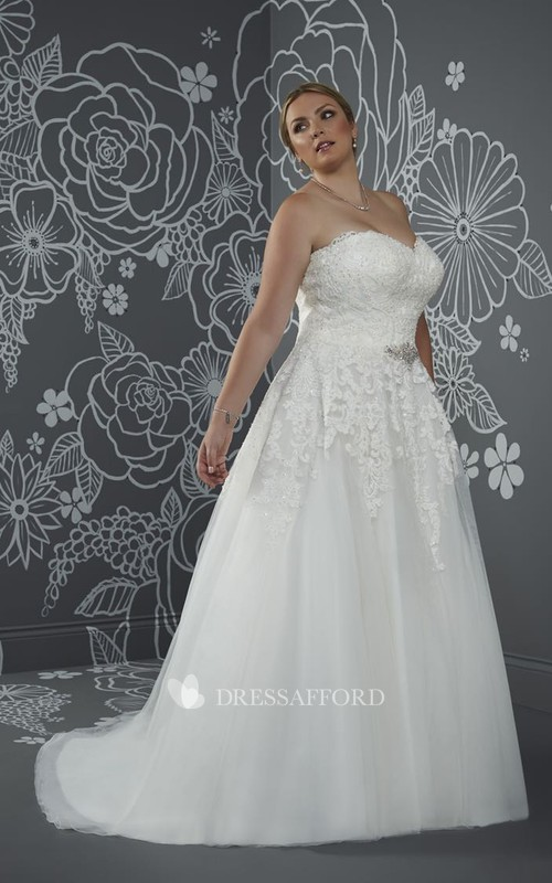 Sleeveless Lace-Up-Back-Waist Long A-Line Jewellery Court-Train Gown