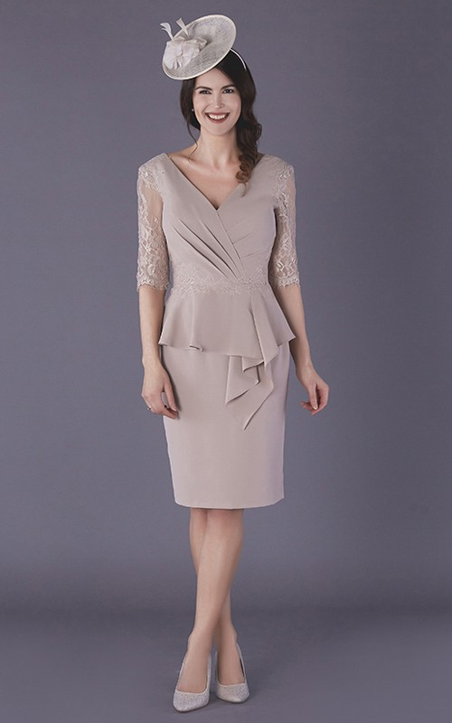 Elegant Chiffon V-neck Knee-length Mother of The Bride Dress with Illusion Sleeves
