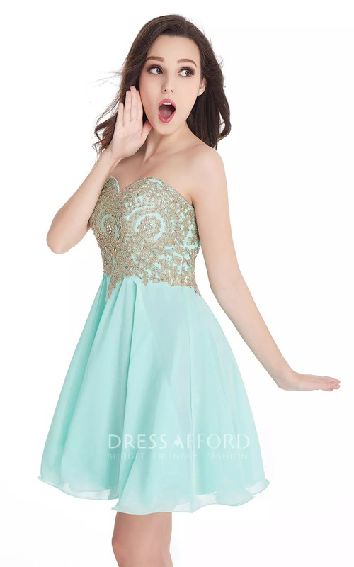 Sleeveless A-line Short Mini Sweetheart Beading Lace Pleats Chiffon Lace Homecoming Dress