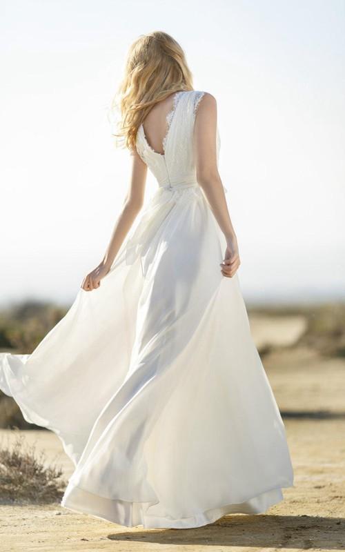 Sleeveless Lace Bodice Chiffon V-Neckline Boho Long Gown