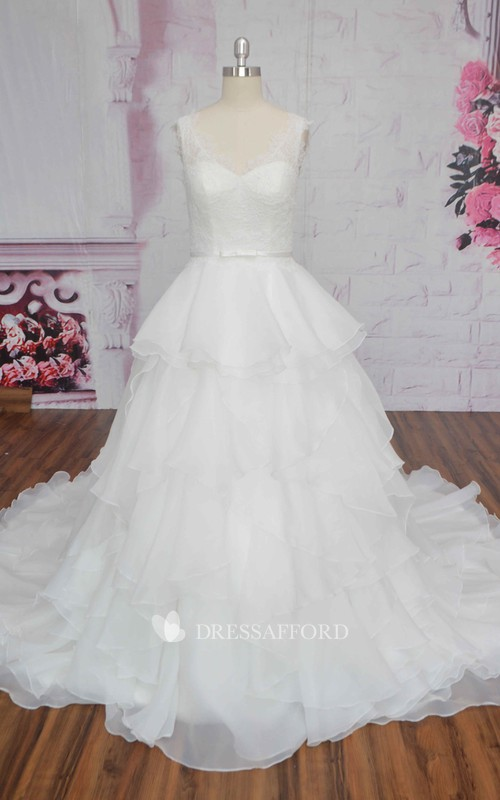 Sleeveless Cute Ruffle Lace Organza Wedding Dress Ballgown With Bow And V-back