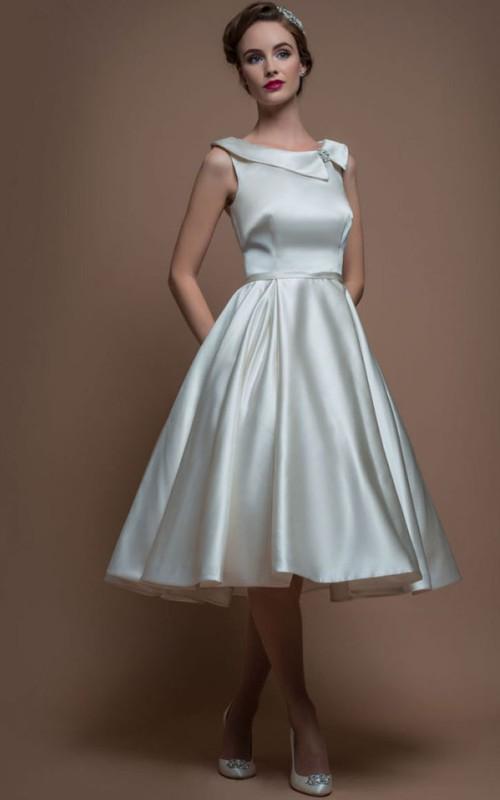 Scoop-neck Sleeveless Satin Tea-length A-line Dress With Broach
