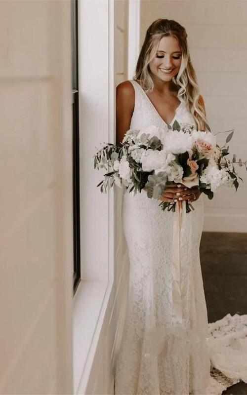 Simple Lace V-Neck Sleeveless Deep-V Back Wedding Dress
