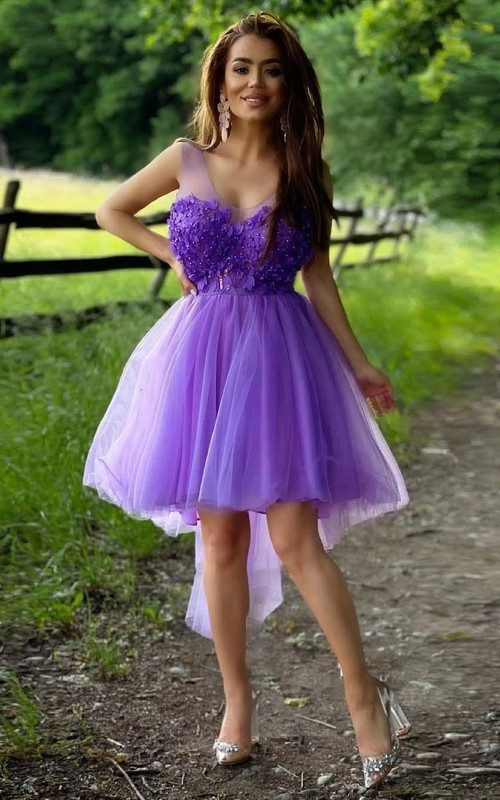 Scoop Tulle Sleeveless High-Low Homecoming Dress with Appliques and Beading